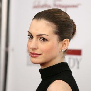 Anne Hathaway Les Miserables trailer