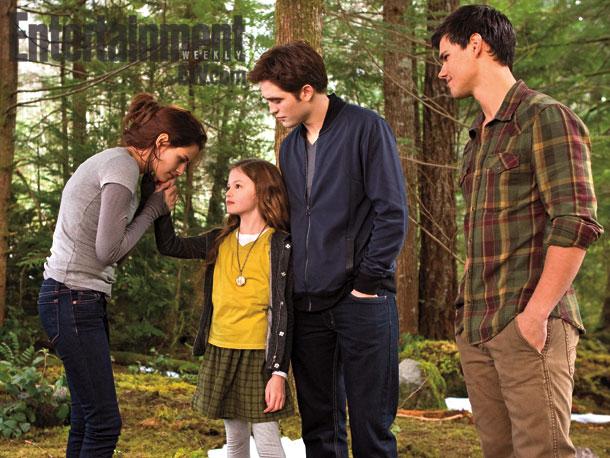 Breaking Dawn Part 2 -  Kristen Stewart, Robert Pattinson, Mackenzie Foy, Taylor Lautner