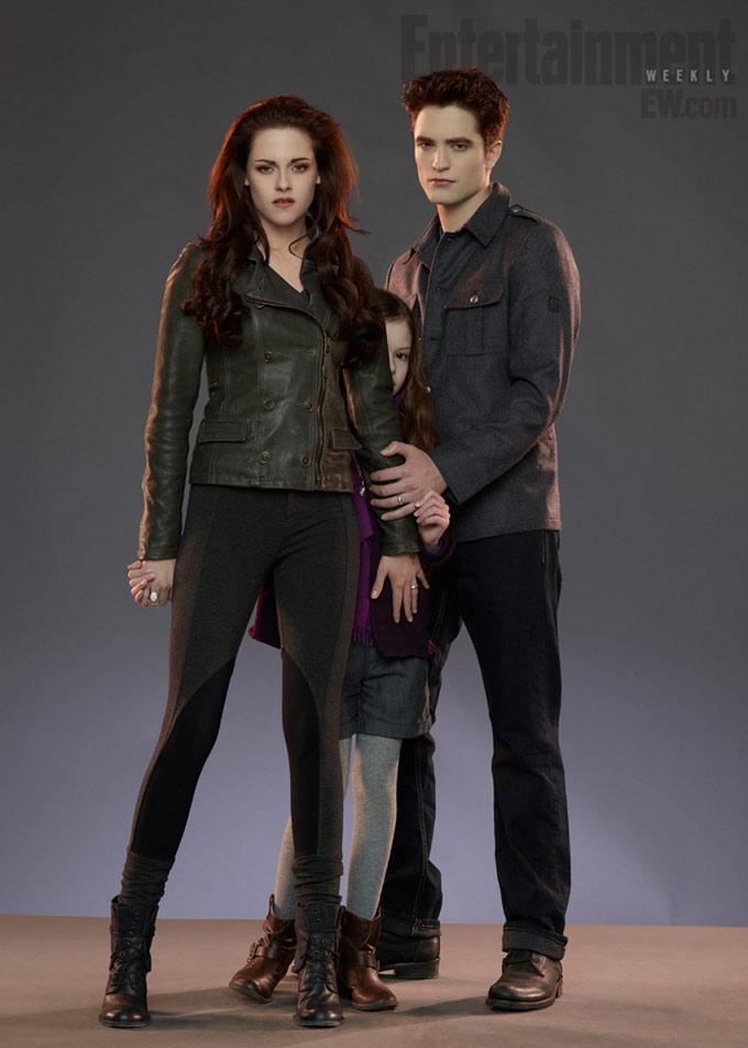 Breaking Dawn - EW - Kristen Stewart, Robert Pattinson, Mackenzie Foy