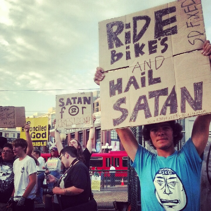 Comic-Con2012: Bikes Satan cosplay