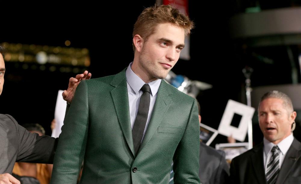 Rob Pattinson green suit