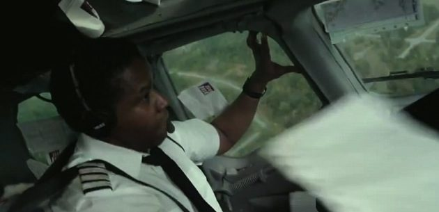 'Flight' Review -- Denzel Washington