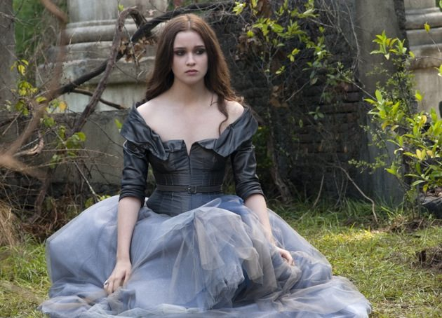 Beautiful Creatures Review